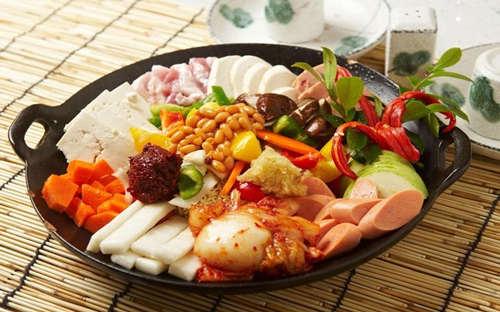 真熙家韩式年糕火锅可以加盟吗?为您实现您的财富梦想