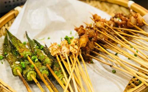 上海蛇王二老长沙口味馆加盟优势有哪些?需要多少投资成本?