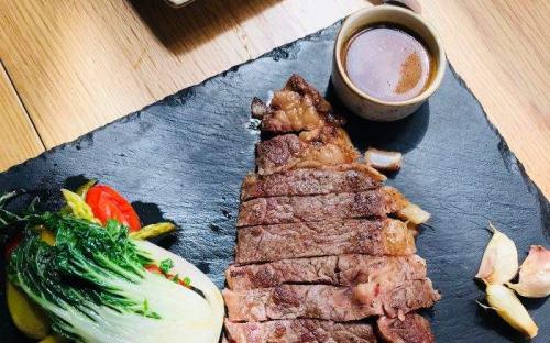 上海百鲜拓西餐厅收益如何?2019年开意大利餐厅赚钱吗?
