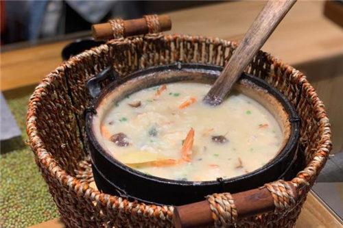 潮十三潮汕砂锅粥全国有多少家加盟店?潮十三砂锅粥加盟热线是多少?