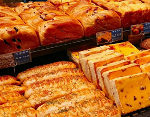 面包码头_1