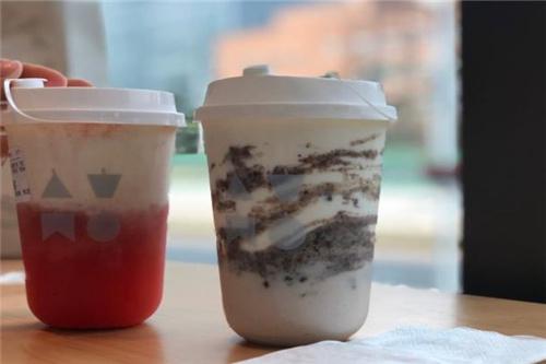 atmtea奶茶加盟费是多少?厚道的费用让加盟商连连称赞