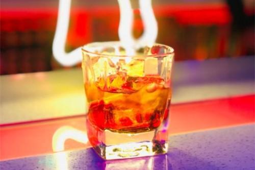 SIGSAUERBAR酒吧·果雨茶2