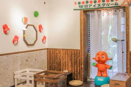 兔月屋·兔咖·杂货加盟店图片二