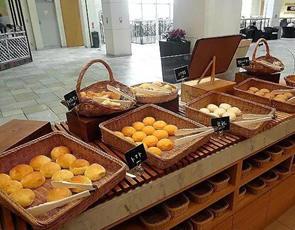 LA LOBROS PAN TABLE CAFE_1