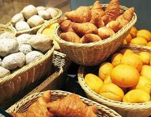 LA LOBROS PAN TABLE CAFE_3
